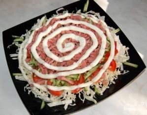 Салат из пекинской капусты с колбасой - фото шаг 7