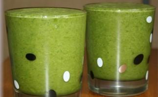 Зеленый коктейль с лаймом - фото шаг 4
