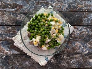 Салат с куриными сердечками и печенью - фото шаг 7