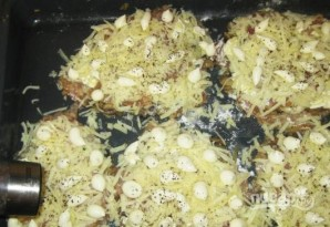 Мясо с грибами и сыром - фото шаг 14