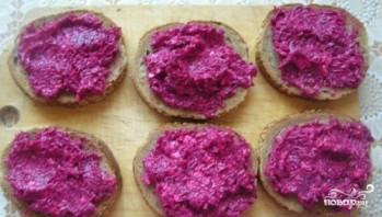 Бутерброды с селедкой - фото шаг 3