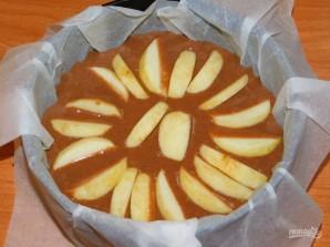 Шоколадный пирог с яблоками (без яиц) - фото шаг 4