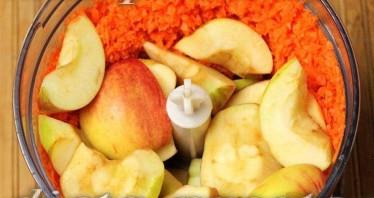 Яблочно-морковное пюре - фото шаг 4