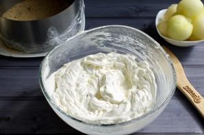 Муссовый торт с дыней и йогуртом - фото шаг 6