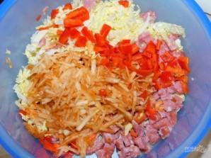 Овощной салат с колбасой - фото шаг 3