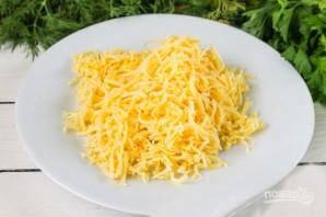 Омлет с сыром и огурцами - фото шаг 4