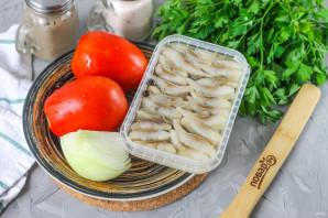 Салат с селедкой и помидорами - фото шаг 1