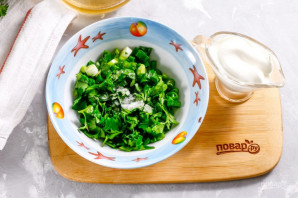 Салат с жареными шампиньонами - фото шаг 3