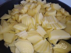 Картофель жареный с луком и зеленью - фото шаг 2