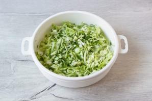 Овощной салат со сметаной - фото шаг 4