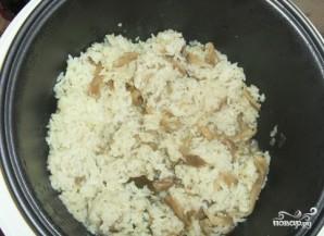 Рис с вешенками - фото шаг 6