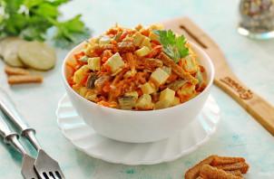 Салат с курицей и кириешками - фото шаг 8
