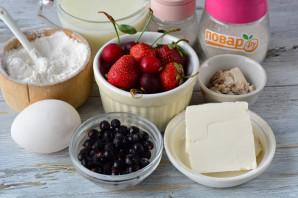 Пирог с ягодами на молоке