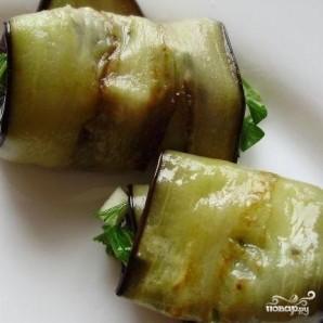 Жареные баклажаны с чесноком - фото шаг 6