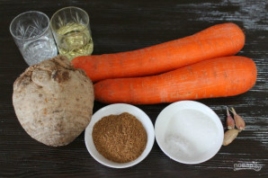 Сельдерей с морковью по-корейски - фото шаг 1
