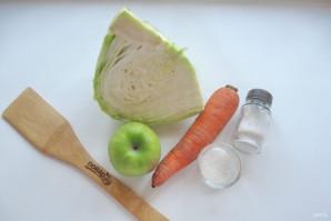 Квашеная капуста с яблоками - фото шаг 1