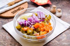 Мясной салат на Новый год - фото шаг 5