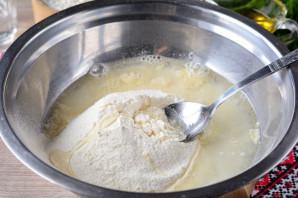 Тесто для чебуреков с уксусом - фото шаг 7