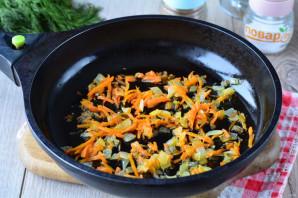 Слоеный салат с сердцем - фото шаг 4