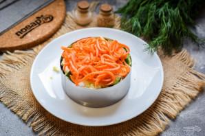 Слоеный салат с тунцом и картофелем - фото шаг 7