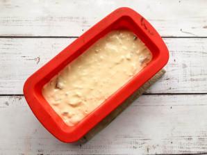 Заливной пирог на кефире с колбасой - фото шаг 6