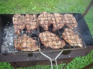 Стейк из говядины на мангале - фото шаг 4