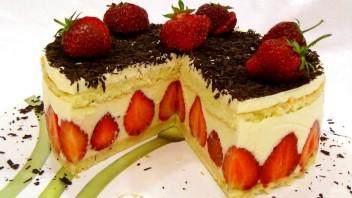 "Клубничный торт ""Фрезье"" - фото шаг 9"