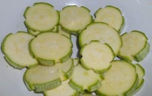 Жареные кабачки с майонезом - фото шаг 1