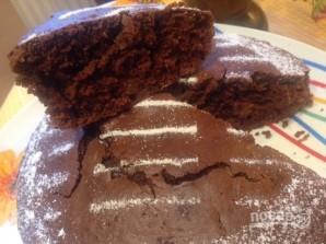 Простой шоколадный пирог из кислого молока - фото шаг 10