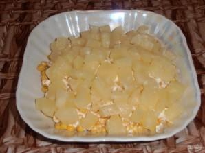 Салат из курицы и ананаса - фото шаг 6