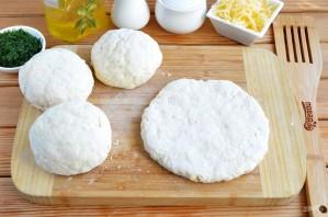 Сырные лепешки с разными начинками - фото шаг 6