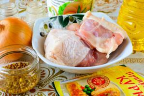 Куриные бедра в духовке с хрустящей корочкой - фото шаг 1