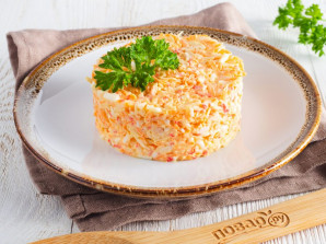 Салат с крабовыми палочками и морковью - фото шаг 6