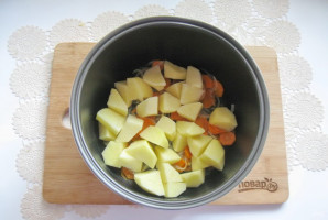 Картошка с баклажанами в мультиварке - фото шаг 4