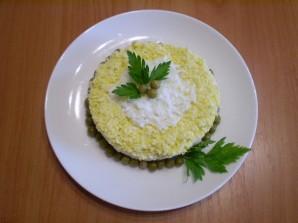 Слоеный рыбный салат - фото шаг 6