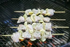 Шашлык из курицы по-гречески - фото шаг 4