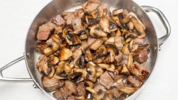 Гречка с грибами и мясом - фото шаг 4