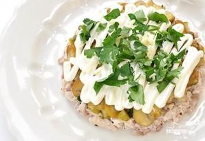 Салат из индейки с солеными огурцами - фото шаг 2