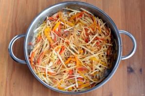 Салат со свеклой и редькой - фото шаг 5