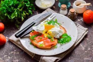Бутерброды с красной рыбой и яйцом пашот - фото шаг 11