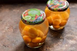 Компот из абрикосов в мультиварке на зиму