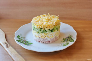 Салат из ветчины с сыром - фото шаг 6