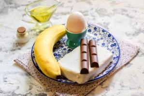 Сырники с бананом и шоколадом - фото шаг 1