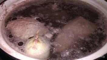 Борщ с квашеной капустой на растительном масле - фото шаг 2