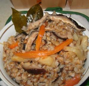 Плов из гречки с грибами - фото шаг 5