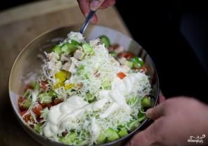 Салат с курицей и овощами - фото шаг 5