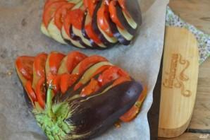 Баклажан, запеченный веером в духовке - фото шаг 3