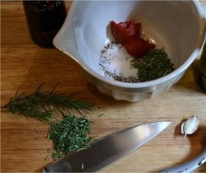 Свинина, запеченная с овощами - фото шаг 1