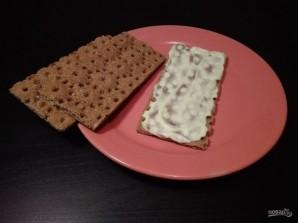 Закуски на хлебцах: 3 вида - фото шаг 2