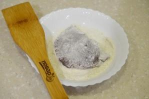 Печень отбивная с луком - фото шаг 2